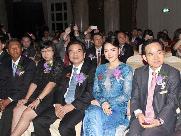 Lý Nhã Kỳ ấn tượng tại Hội nghị kim hoàn Thái Lan 6