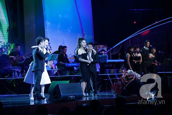 Bằng Kiều, Thu Minh, Hồ Quỳnh Hương làm mê đắm khán giả Hà Nội 15