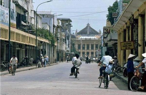 Những bức ảnh hiếm hoi về Hà Nội cuối thời kỳ bao cấp 1
