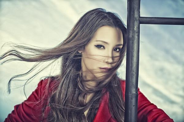 Hồ Quỳnh Hương xinh và hiện đại hơn với phong cách mới 10