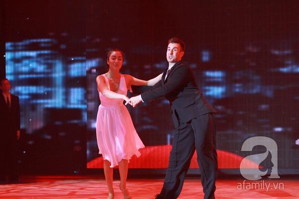 Bước nhảy hoàn vũ ngập trong nước mắt 5