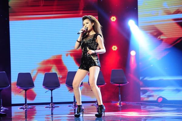 Cô bé Hạnh Phúc khiến giám khảo X-Factor... đẻ trứng! 3