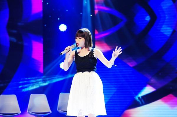 Cô bé Hạnh Phúc khiến giám khảo X-Factor... đẻ trứng! 4