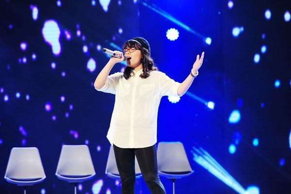 Cô bé Hạnh Phúc khiến giám khảo X-Factor... đẻ trứng! 5