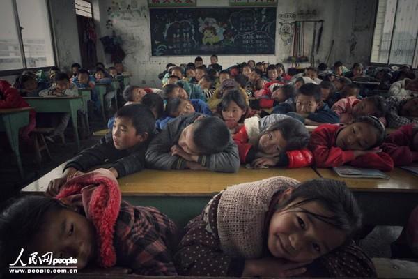 Ngôi làng chỉ có người già mất sức và trẻ em thơ dại ở Trung Quốc