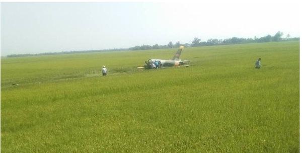TRỰC TIẾP: Máy bay huấn luyện phản lực của Không quân rơi tại Phú Yên
