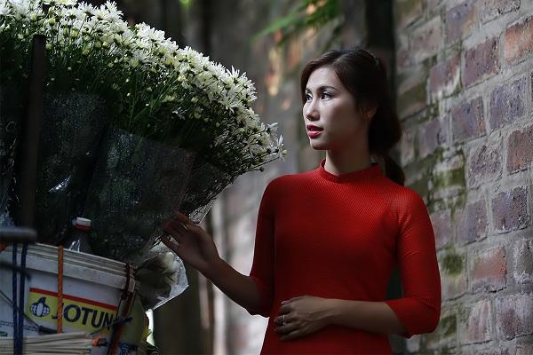 Hà Nội đẹp ngỡ ngàng những ngày cúc họa mi về phố 18