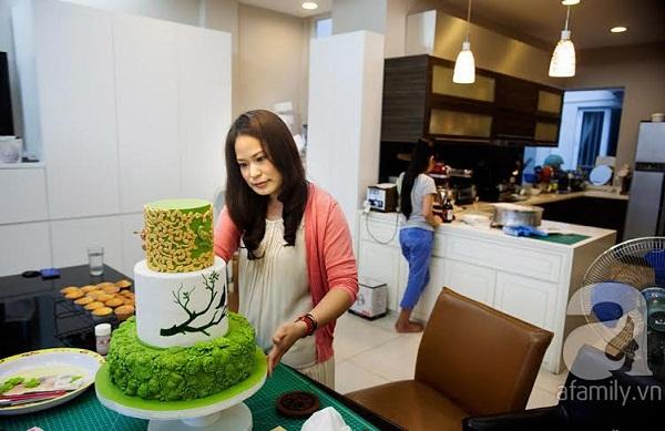 Người phụ nữ với đam mê đặc biệt: Vẽ tranh bằng... bánh ngọt 9