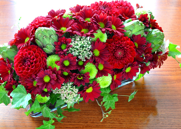 Cách chọn bình và cắm hoa cúc phù hợp với từng không gian sống 4
