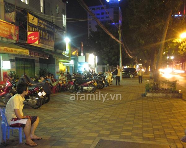 Đêm Sài Gòn, lang thang kem lạnh và cá viên chiên 11