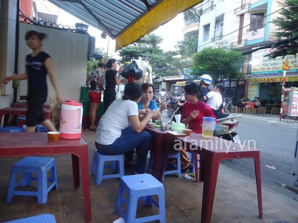 Sài Gòn: Bánh flan khu K300 béo, thơm, ngậy 10