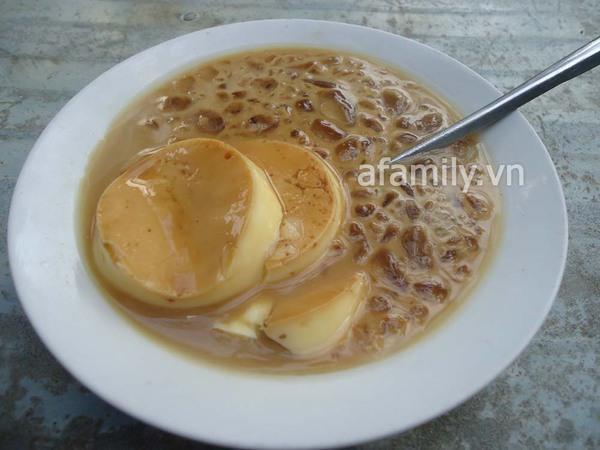 Sài Gòn: Bánh flan khu K300 béo, thơm, ngậy 3