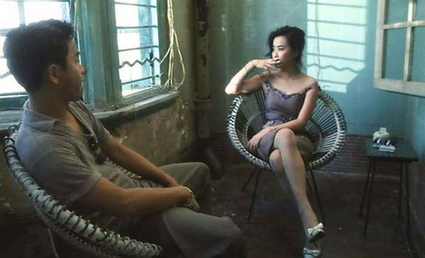 Trương Quốc Vinh và Lưu Gia Linh trong phim