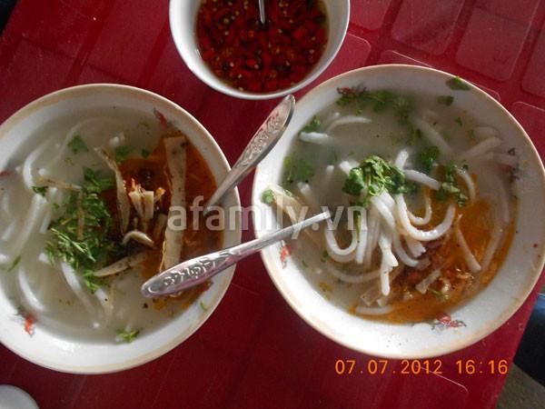 Đà Nẵng: Quá rẻ và ngon bát bánh canh cá nướng 2