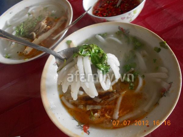 Đà Nẵng: Quá rẻ và ngon bát bánh canh cá nướng 5