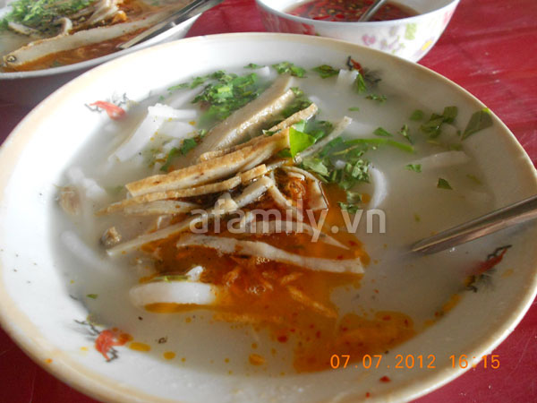 Đà Nẵng: Quá rẻ và ngon bát bánh canh cá nướng 6