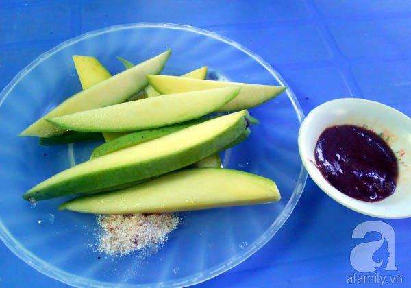 Bánh tráng kẹp - quà vặt đặc trưng của ẩm thực hẻm Đà thành 2
