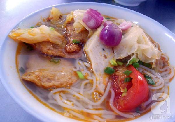 Đà Nẵng: Đỡ ngán với bún chả cá ngày đầu năm 4