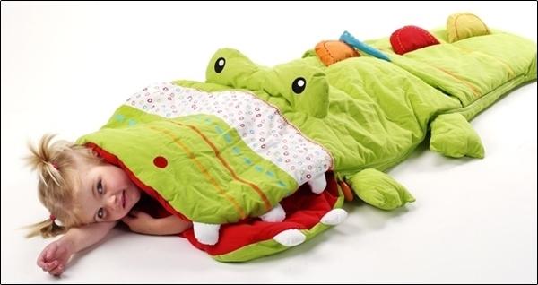 Những món đồ giữ ấm cho bé trong mùa đông không thể bỏ qua 4