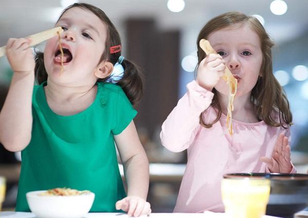 5 điều đơn giản dạy trẻ thói quen ăn uống lành mạnh 1