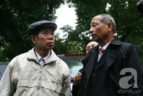 Tường và Khánh đều phủ nhận chủ mưu vứt xác chị Huyền xuống sông 3