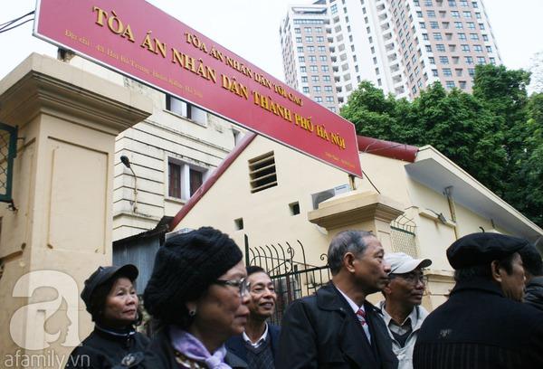 Tường và Khánh đều phủ nhận chủ mưu vứt xác chị Huyền xuống sông 9