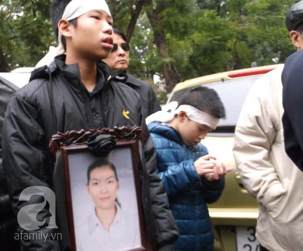 Tường và Khánh đều phủ nhận chủ mưu vứt xác chị Huyền xuống sông 5
