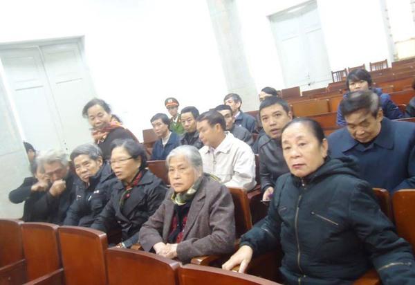 Bị cáo Tường bị tuyên án 19 năm tù, cấm hành nghề 5 năm sau khi mãn hạn tù 5