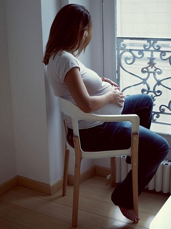 """Căng thẳng tột độ vì bị mẹ chồng """"bạo hành"""" suốt thai kỳ 2"""
