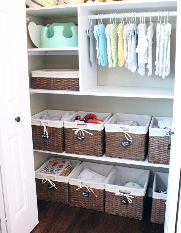 """Những mẹo nhỏ """"quy hoạch"""" tủ quần áo của bé sạch, đẹp, ngăn nắp 6"""