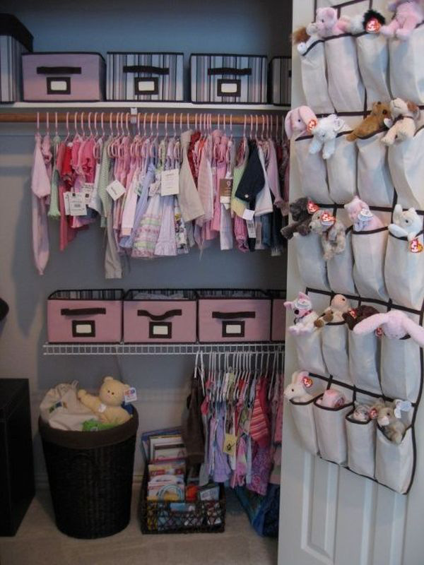 """Những mẹo nhỏ """"quy hoạch"""" tủ quần áo của bé sạch, đẹp, ngăn nắp 10"""