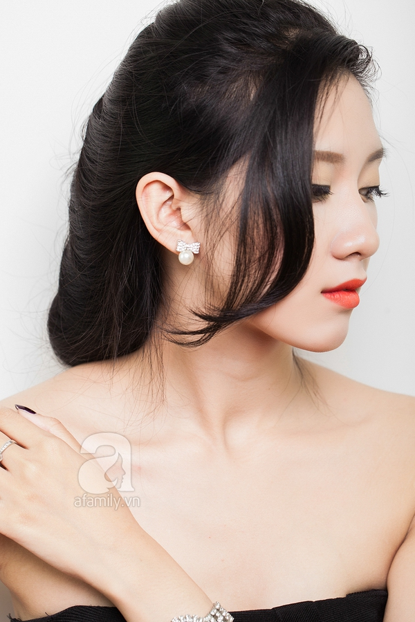 Hướng dẫn làm 4 kiểu tóc đẹp dịu dàng và lãng mạn hợp ngày thu 17