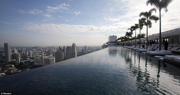 Chiêm ngưỡng 3 tòa nhà đắt và lộng lẫy nhất thế giới  10