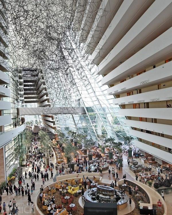 Chiêm ngưỡng 3 tòa nhà đắt và lộng lẫy nhất thế giới  5