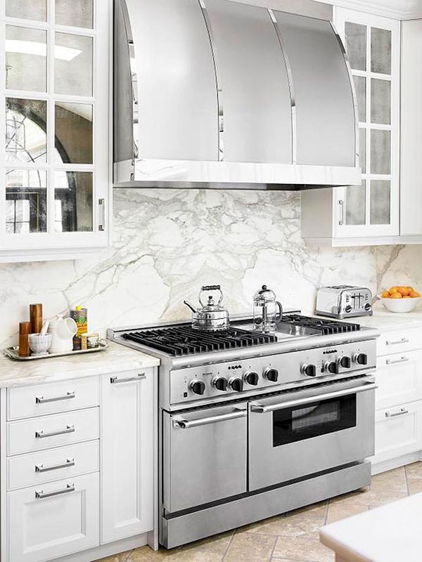 Bài trí bếp hiện đại, mát mẻ với sắc trắng 2