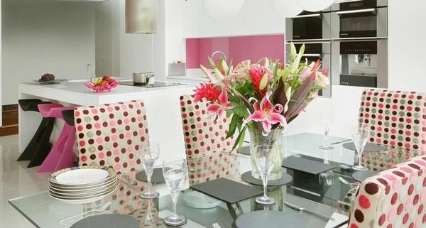 Trang trí bếp hiện đại và phong cách với màu hồng 4