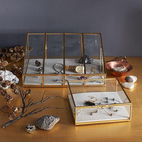 Trang trí nhà lộng lẫy nhờ sự kết hợp của sắc vàng và bạc ánh kim 7