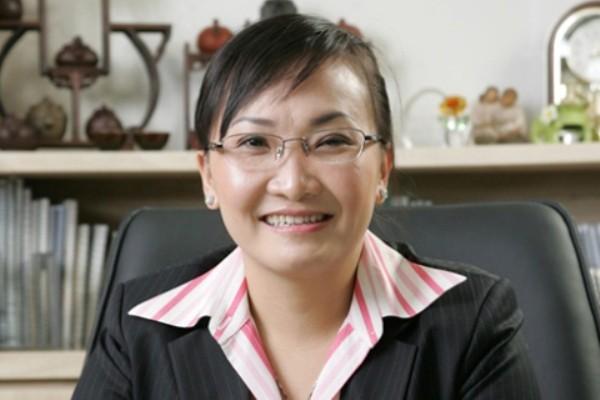 """5 cô gái Việt xinh đẹp và kiếm tiền """"siêu cao thủ"""" 11"""