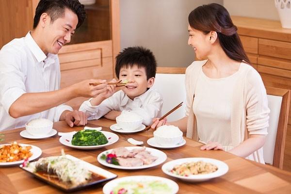 Gia đình Việt ngày ấy - bây giờ 1