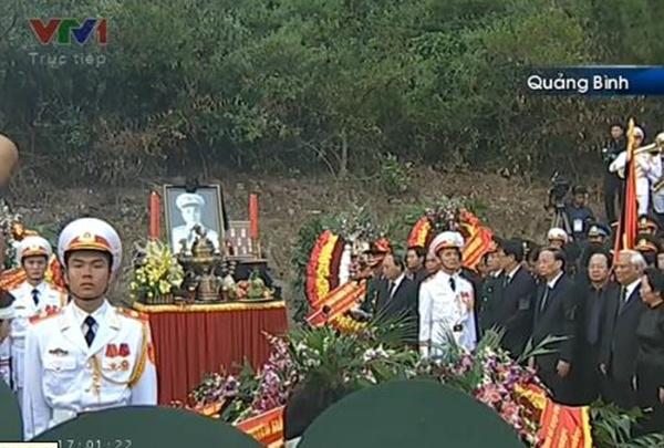 Đại tướng Võ Nguyên Giáp đã yên nghỉ trong lòng đất Mẹ 126