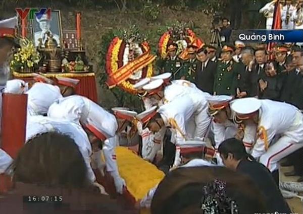 Đại tướng Võ Nguyên Giáp đã yên nghỉ trong lòng đất Mẹ 113