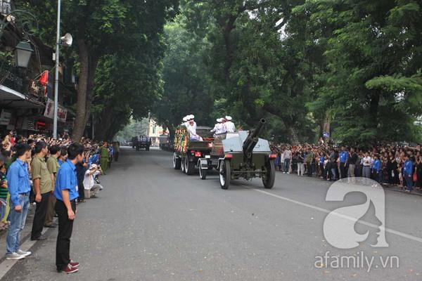 Đại tướng Võ Nguyên Giáp đã yên nghỉ trong lòng đất Mẹ 29