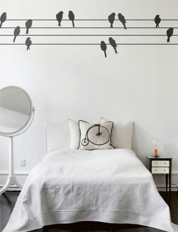 Trang trí tường nhà thêm xinh với đề can 5