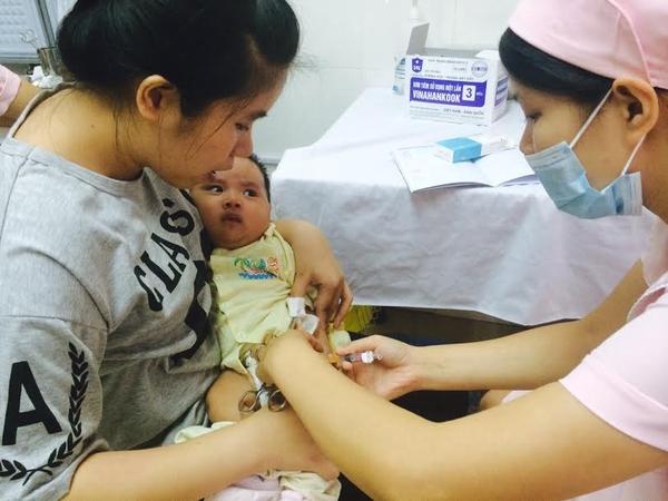Tiêm vaccine miễn phí tại các cơ sở tiêm chủng dịch vụ 1