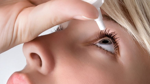 thuốc nhỏ mắt chữa đục thủy tinh thể