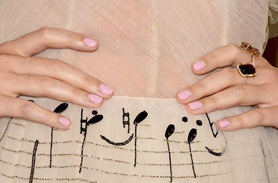 6 cách áp dụng tone hồng trẻ trung mà không sến xẩm 6