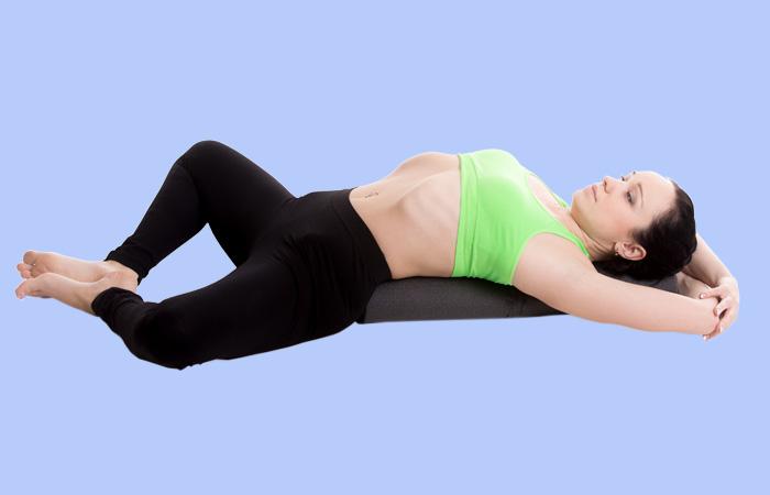 yoga giảm lạc nội mạc tử cung 2