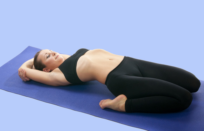 yoga giảm lạc nội mạc tử cung 3