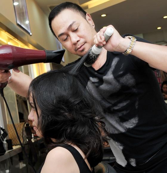 Salon tóc Thìn