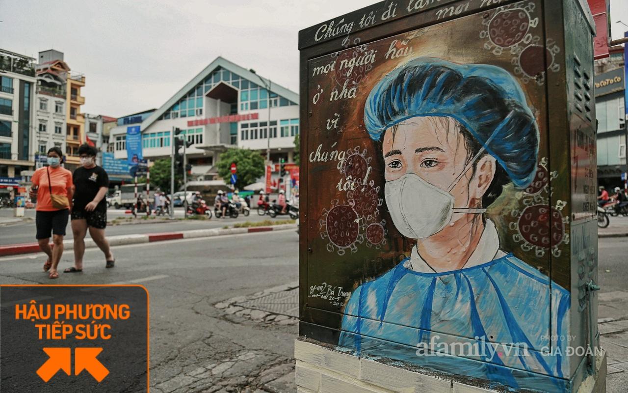 """Bốt điện ở Hà Nội biến thành tác phẩm nghệ thuật đường phố tôn vinh các """"chiến sĩ áo trắng"""" chống dịch"""